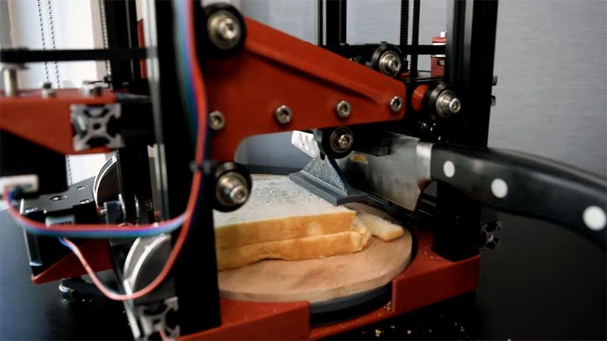 Máquina automática para cortar bocadillos, zanahorias y manos con Arduino