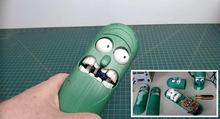 Figura animatronic de Pickle Rick de la serie Rick y Morty impresa en 3D que funciona con Arduino