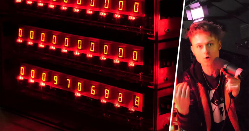 Un contador digital de 7 segmentos con 555 capaz de contar hasta 1 GOOGOL