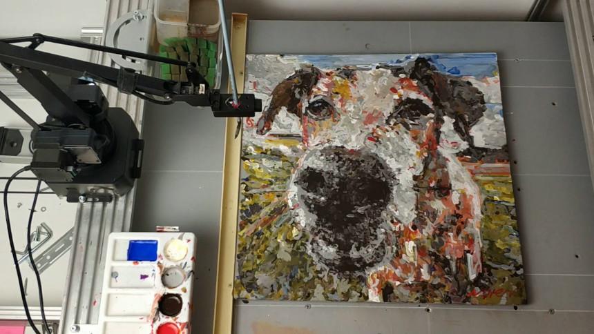 Éste robot pinta cuadros con inteligencia artificial