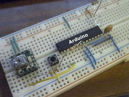 (Video) Probando Arduino: LED Fade sobre una protoboard