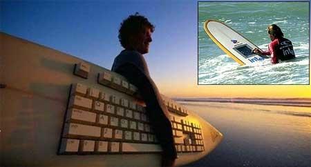 Tabla de surf con ordenador y pantalla táctil