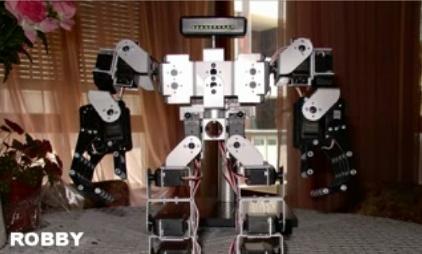 Robby: El robot bípedo español