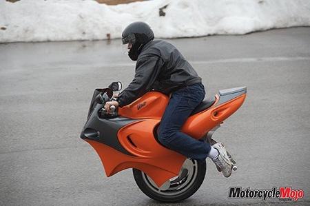 The Uno: La Moto estilo Segway