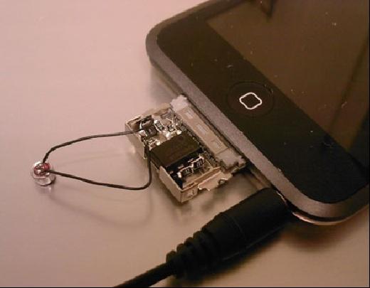 Toma casera de micrófono para iPod Touch
