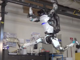 Robot Atlas de Boston Dynamics haciendo Parkour Like a Boss